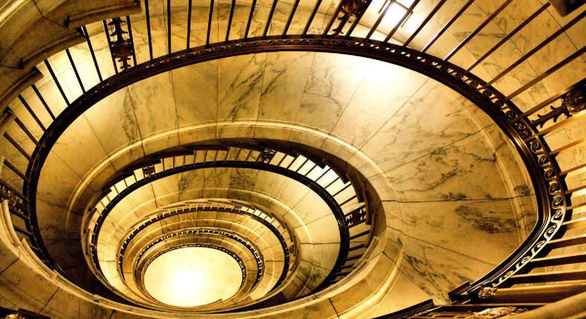 Grafika przedstawiająca schody Sądu Najwyższego USA